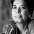 Linda de Sousa: Artista plástica multidisciplinar/multidisciplinary artist