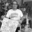 Pablo Leonardo Martínez: Escultor y diseñador gráfico/sculptor and graphic designer